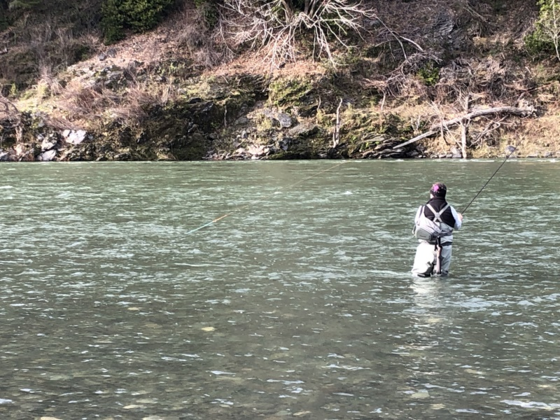 FISHING ROGUE RIVER