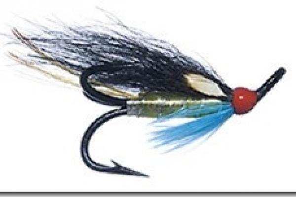 salmon-flies010131EE2379-9EEE-13EF-8432-7C95F162F5D9.jpg