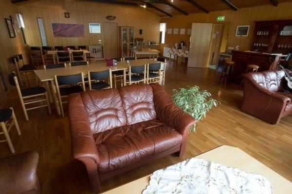 raudholar-sitting-room2F57C2FA-AEDC-E35D-00EE-98495E23A57B.jpg